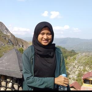 Nur Hidayatin - Malang,Jawa Timur: Kursus Desain (gambar) Taman Untuk Rumah  Tinggal Dan Kursus Berkebun Untuk Lahan Terbatas