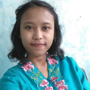 Irene Semarangjawa Tengah Lulusan Seni Rupa Membuka Les