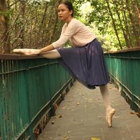 An energetic and well experienced Ballet teacher, willing to teach Ballet for Children and Beginners Ballet