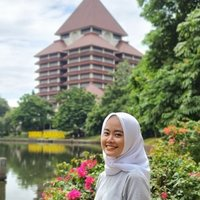 Engineering student who offers math course for elementary and high school student in Jakarta