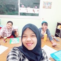 Fun learning speaking english or indonesia from english literature teacher. Have fun