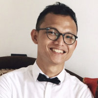 A Native-Indonesian Professional Who Works in the UK, Offering Indonesian Lessons for Expats in Indonesia (Online Classes)