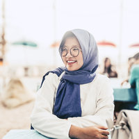 Tax Consultant and Writer, actively speak in Bahasa Indonesia, English and Korean with teaching experience offering Bahasa Indonesia for foreigner lesson in Jakarta